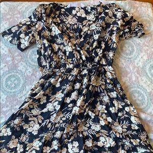 Zara basic flower tunic  XS Sz